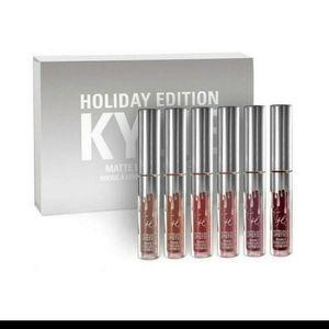 Nwt Kylie Holiday Edition  lipgloss box
